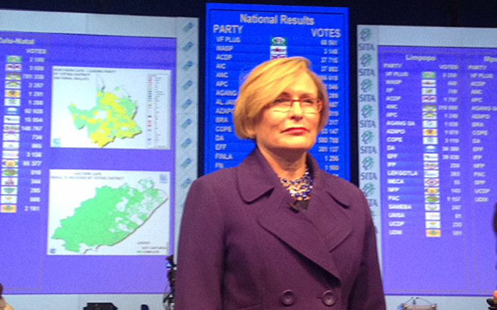 DA leader Helen Zille at the results board in the IEC's national results centre in Pretoria on 8 May 2014. Reinart Toerien/EWN.