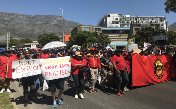 Firefighters and members of Samwu march in Cape Town on 26 September 2019. Picture: Kaylynn Palm/EWN