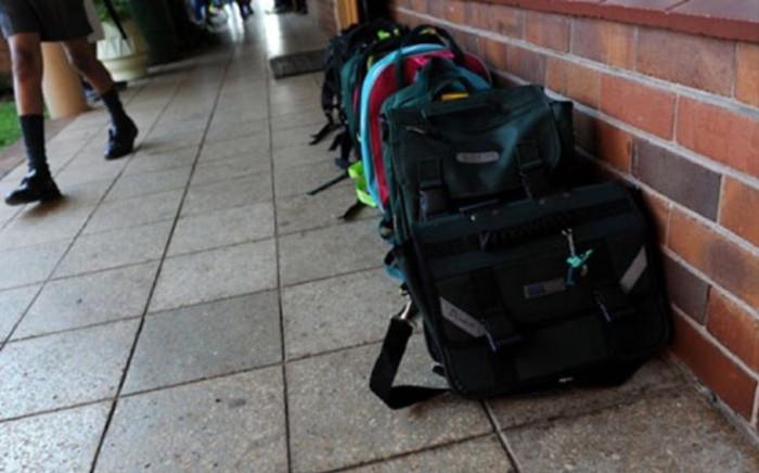 school-bags-ewnjpg