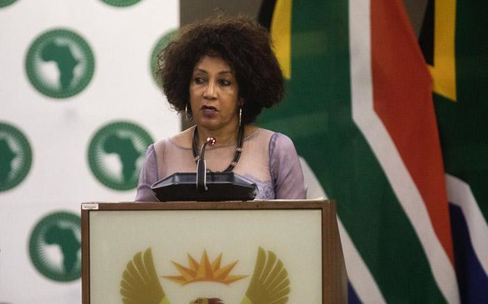 FILE: Minister of Human Settlements, Water & Sanitation Lindiwe Sisulu. Picture: Kayleen Morgan/EWN.