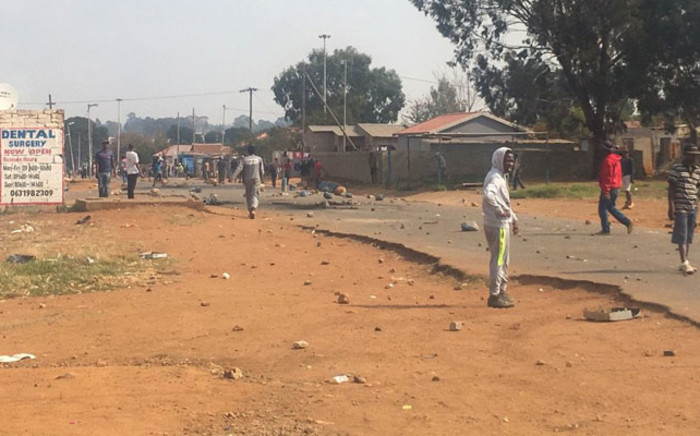Finetown residents demonstrating over lack of houses in the area. Picture: Mia Lindeque/EWN.