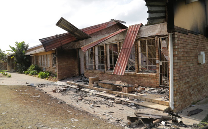 The municipal office that was set alight when community members took to the streets on August 12 2014, protesting a lack of electricity in the informal settlement. Picture: Thomas Holder/EWN