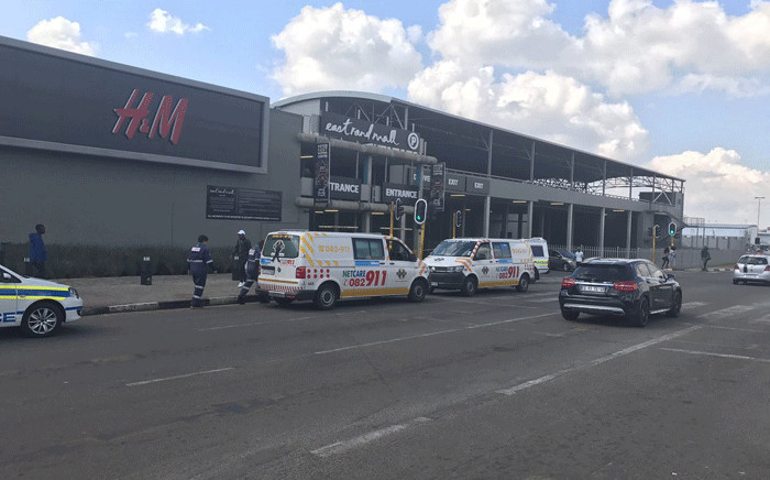 It's understood police were following up on a tip-off about the five-member gang wanted for murder when the shootout happened at the East Rand Mall. Picture: Thando Kubheka/EWN.