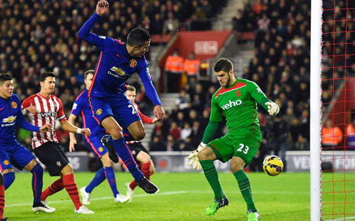 Manchester United striker Robin van Persie slides one past Southampton keeper Fraser Forster on 8 December 2014. United won 2-1. Picture: Official MUFC Facebook.