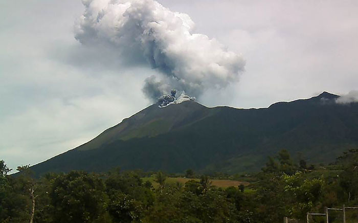 FILE: This handout photo taken on 18 June 2016 and released by Philippines Institute of Volcanology and Seismology (PHIVOLCS) shows Kanlaon volcano as it spewed ash into the air as seen from the observation post of the PHIVOLCS in La Carlota town, Negros Occidental province, central Philippines. Picture: AFP