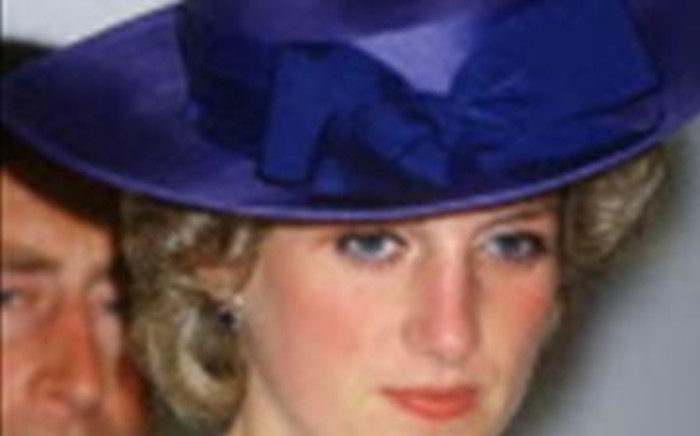 British police are studying new information about Princess Diana and her friend  Dodi al Fayed's deaths.