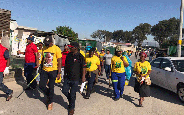 ANC members took the #ThumaMina programme to Philippi. Picture: @ANCWesternCape/Twitter.