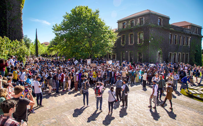 UCT protesters disrupt classes and University activities for the third week in a bid to gain free education in South Africa. Picture: Anthony Molyneaux/EWN