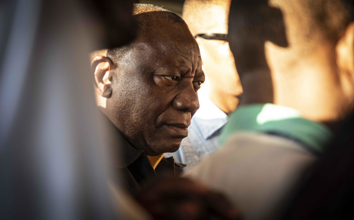 FILE: ANC president Cyril Ramaphosa interacts with commuters at Mabopane train station in Soshanguve on 18 March 2019 during the party's election campaign drive. Picture: Abigail Javier/EWN.