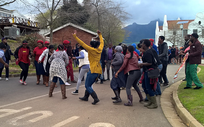Protesters including members of the EFF protest on Elsunburg Agricultural Institute in Stellenbosch. Picture: Petrus Botha/EWN
