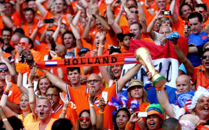 Netherlands fans cheer prior to the 2014 Fifa World Cup Brazil Group B match between Spain and Netherlands at Arena Fonte Nova, Salvador, Brazil, 13 June 2014. Picture: Fifa