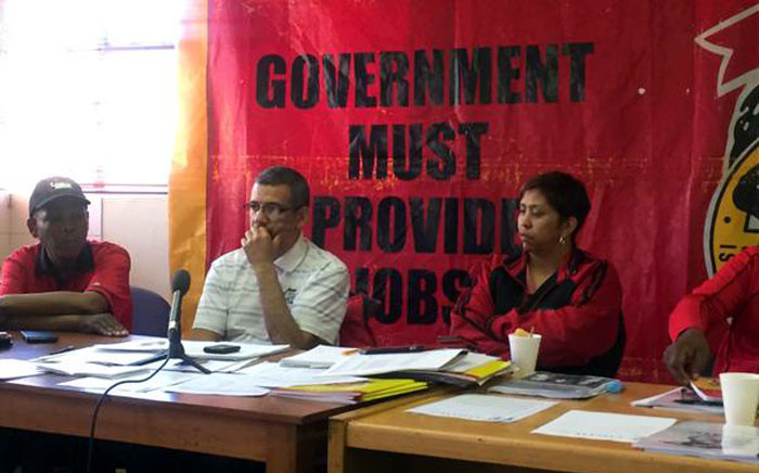 FILE: Congress of South African Trade Unions' Tony Ehrenreich in the middle. Picture: Siyabonga Sesant/EWN