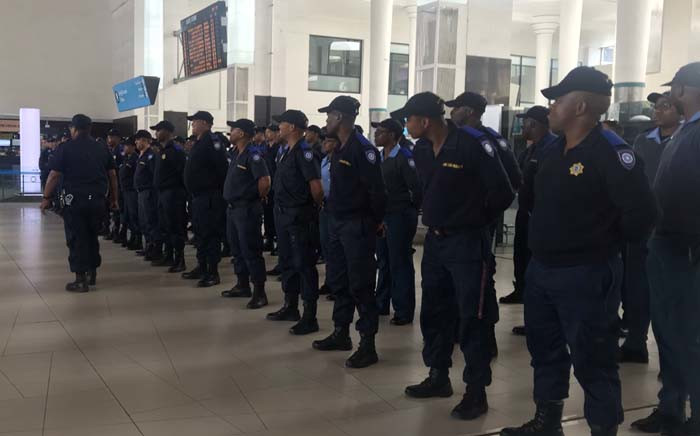 Rail enforcement officers at the Cape Town train station. The deployment of the City of Cape Town's new Rail Enforcement Unit has again been delayed. Picture: Kaylynn Palm/EWN.