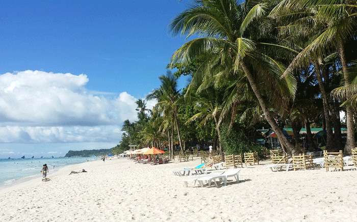 A beach on Boracay, a small island in the Philippines. Picture: pixabay.com