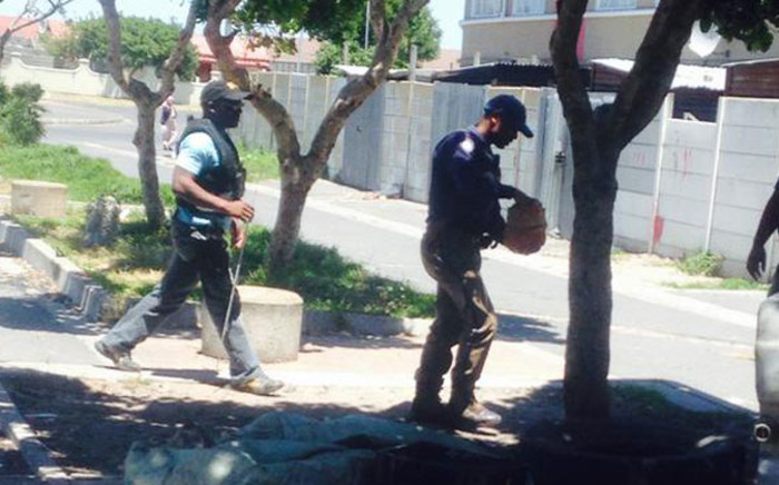 FILE: Rival gangs the Americans and Hard Livings have been clashing since Friday. Picture: Shamiela Fisher/EWN.