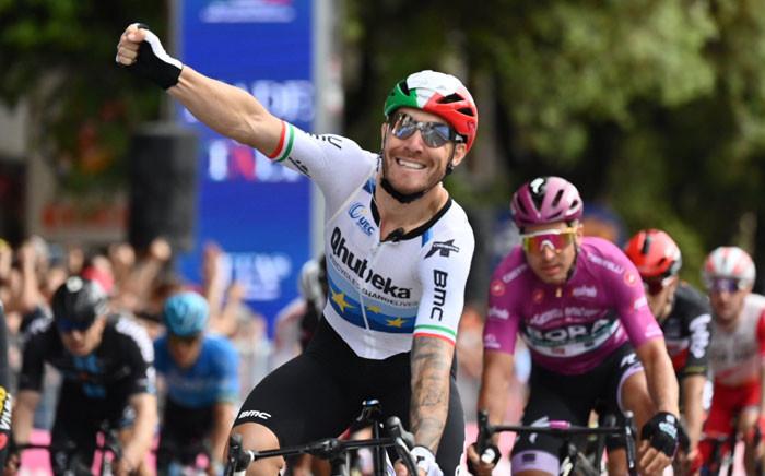 Giacomo Nizzolo of Team Qhubeka celebrates his win on stage 13 of the Giro d'Italia on 21 May 2021. Picture: @giroditalia/Twitter