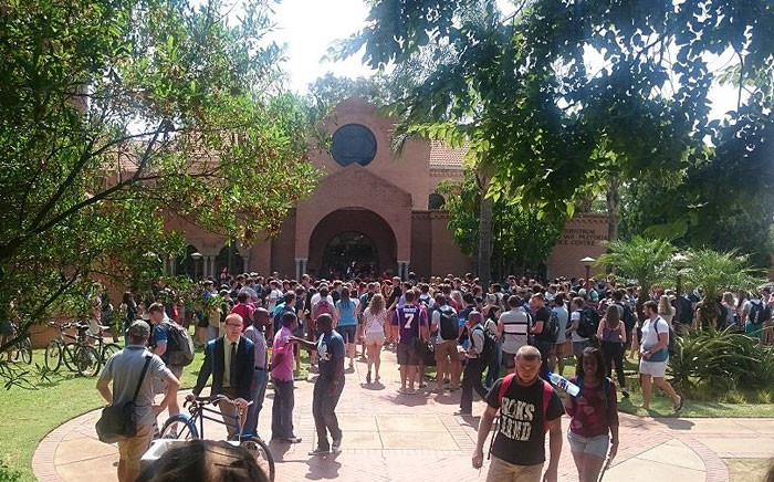 Scuffles broke out between students over the language police at the University of Pretoria. Picture: @patson_manda via Twitter.