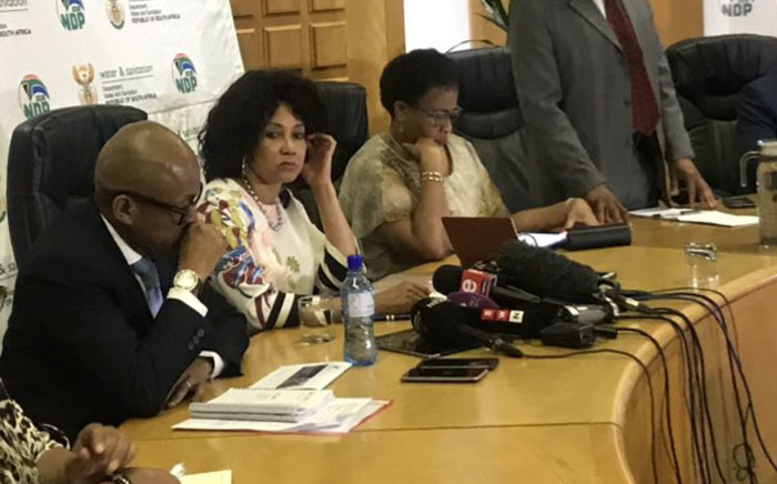 Minister of Water and Sanitation Lindiwe Sisulu briefs the media on Gauteng's water crisis on 28 October 2019 in Johannesburg. Picture: Thando Kubheka/EWN