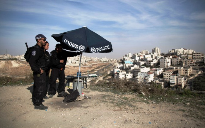 Israeli Border Police take position on a hill overlooking the east Jerusalem Arab neighborhood of Issawiya, 11 November 2014. Israel has beefed up security following two fatal stabbing attacks in Tel Aviv and a Jewish settlement in the West Bank. Picture: EPA/ABIR SULTAN.