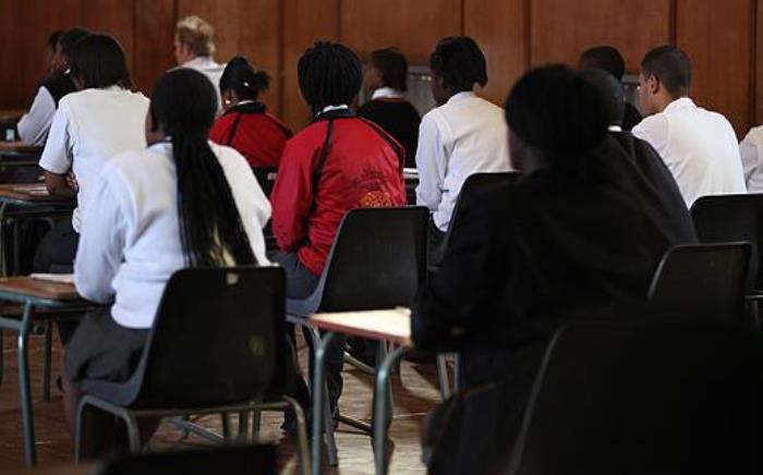 FILE: Pupils wait to start writing their matric exams. Picture: EWN.