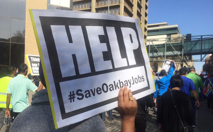 A group of around 100 Oakbay employees marched to Absa on 26 April 2016. Picture: Gia Nicolaides/EWN.