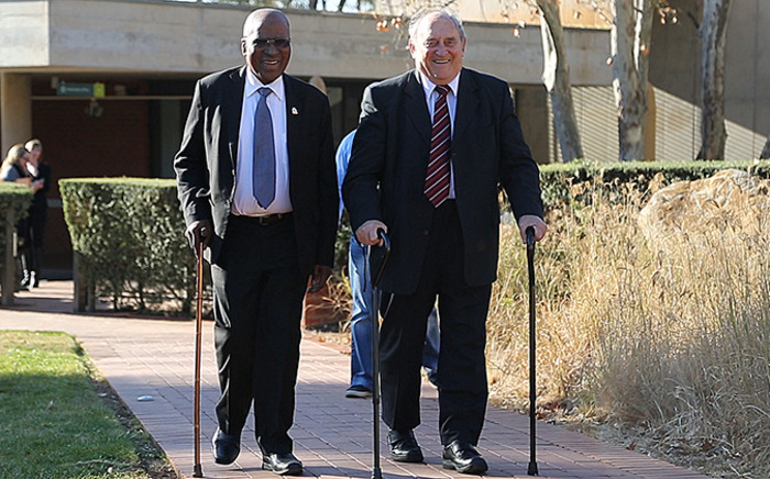 FILE: Rivonia Trialists Andrew Mlangeni (R) and Denis Goldberg (L). Picture: EWN