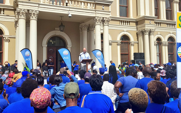 Mayor Athol Trollip addressing DA supporters outside the Nelson Mandela Bay City Hall on 28 March. Picture: @DAEasternCape/Twitter.