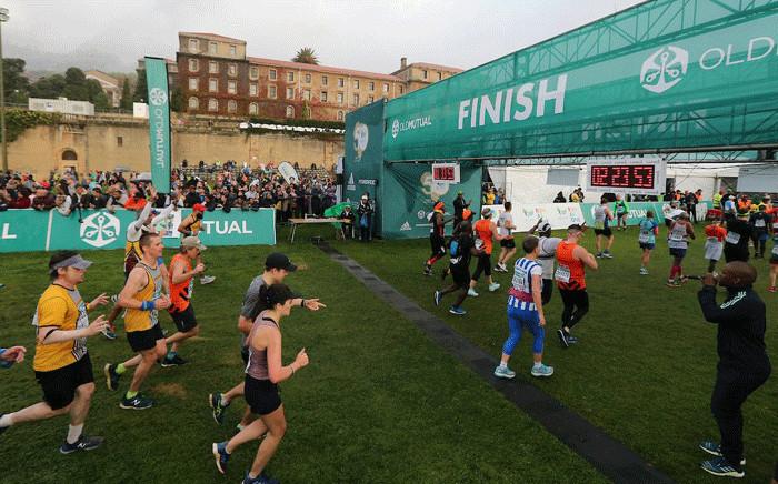 Runners at the Two Oceans Marathon's finish line. Picture: @2OceansMarathon/Twitter