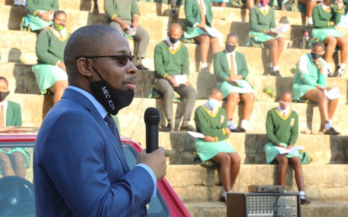 KZN Education MEC Kwazi Mshengu on 8 June 2020 visited Sibusisiwe Technical High School in UMbumbulu to inspect the phased reopening of schools amid the coronavirus (COVID-19) pandemic. Picture: @DBE_KZN/Twitter