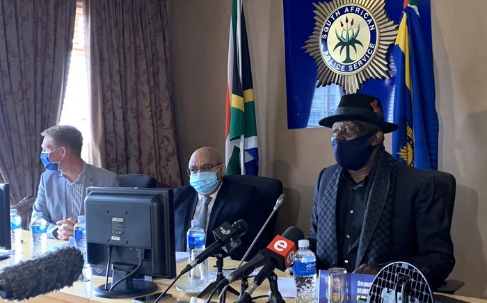 Police Minister Bheki Cele says a  steering committee has been set up to deal with protection rackets in Cape Town. Picture: Kaylyn Palm/EWN