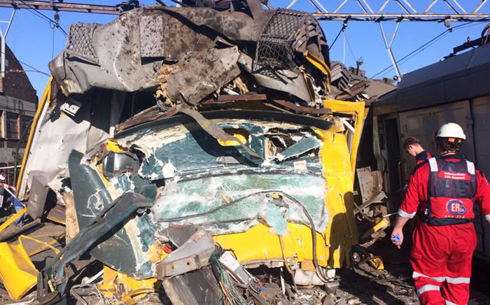 Metrorail has confirmed that emergency services are treating commuters at the Denver station in Johannesburg where two trains collided on 28 April 2015. Picture: @MedixGauteng.