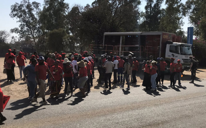 Economic Freedom Fighters (EFF) supporters have gathered outside the Hawks' head offices in Pretoria on 10 September in support of party leader Julius Malema. Picture: Barry Bateman/EWN
