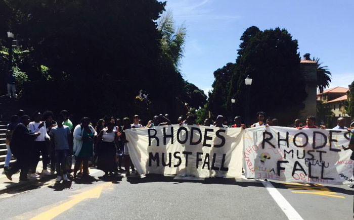 FILE: Students march through UCT protesting that the Rhodes statue symbolises racism. Picture: Masa Kekana/EWN.