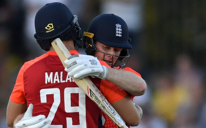 England's Dawid Malan and Eoin Morgan mark a milestone partnership in their Twenty20 International match against New Zealand in Napier on 8 November 2019. Picture: @englandcricket/Twitter