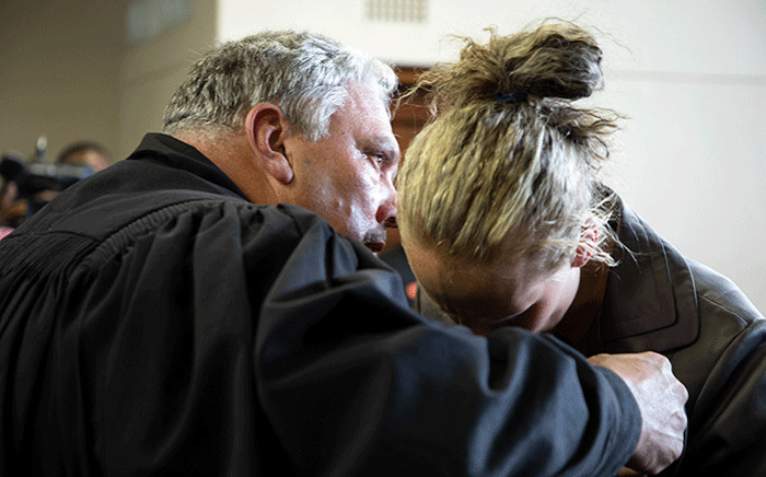 Tharina Human, one of the three people accused of kidnapping Amy'Leigh De Jager outside her school in Vanderbijlpark, and her lawyer in court. Picture: Xanderleigh Dookey/EWN.
