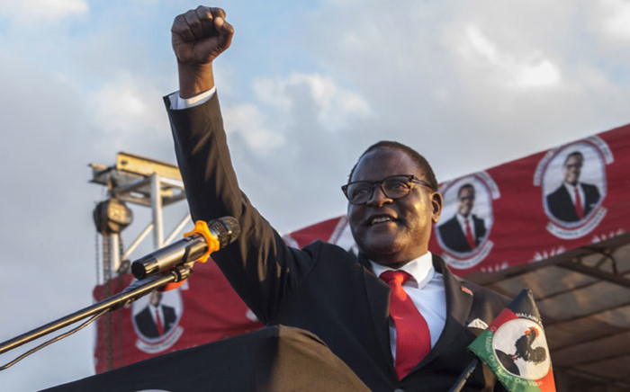 Malawi Congress Party, MCP, leader Lazarus Chakwera addresses supporters at Mtandire locations in the suburb of the capital Lilongwe where he held his final rally, 20 June 2020. Picture: AFP