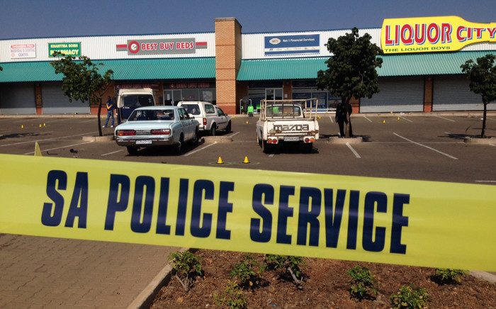 Police are investigating a cash heist at a pension point Soshanguve Mall north of Pretoria, in which nine senior citizens and two security guards were shot and wounded by stray bullets on 1 July 2015. Picture: Vumani Mkhize/EWN.