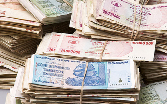Zimbabwe ditched its own dollar in favour of the United States (US) currency in 2009 to try to put a lid on hyper-inflation and prevent a complete meltdown of the economy.Picture: AFP