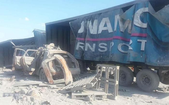 Twenty-six people died on 19 October 2018 after a fatal accident on the N1 north between Mookgophong and Kranskop in Limpopo. Picture: @TrafficRTMC/Twitter