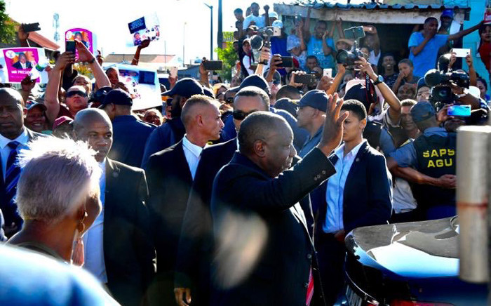 President Cyril Ramaphosa arrives at the home of the Van Wyk family in Elsies River, Cape Town, on 25 February 2020 to convey his condolences following the murder of eight-year-old Tazne van Wyk. Picture: @PresidencyZA/Twitter