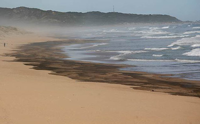 An oil spill after Kiani Satu ran aground in the Southern Cape. Picture: Ewald Stander