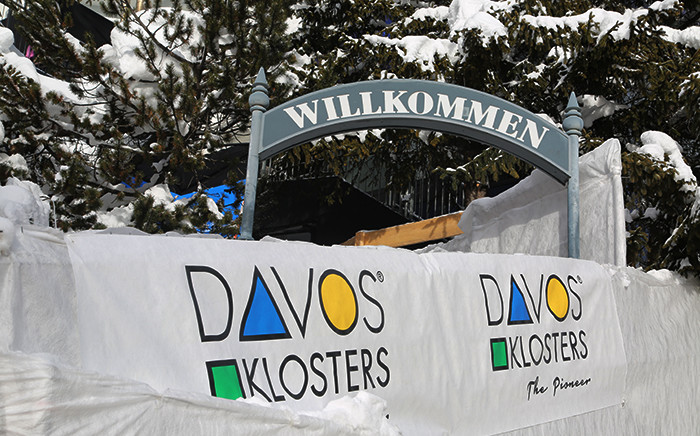 A welcome sign on the snowy streets of Davos for attendees at the 2016 World Economic Forum in Switzerland. Picture: Reinart Toerien/EWN.
