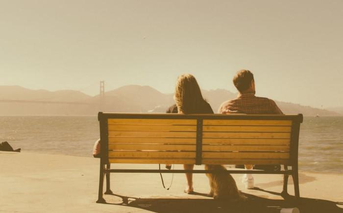 bench-sea-sunny-man-couplejpg