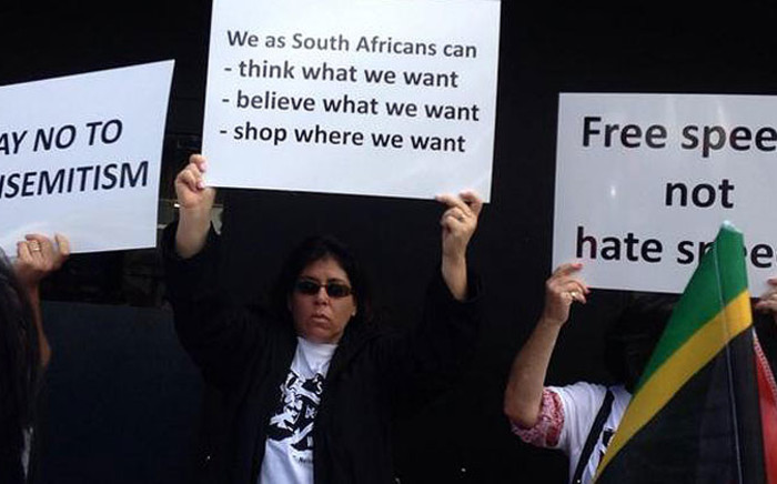 Protesters say an attack on the Jewish community is an attack on democracy. Picture: Lauren Isaacs/EWN