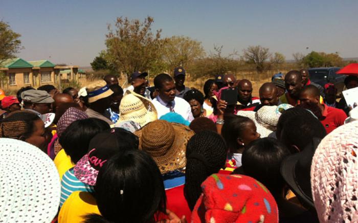 Education MEC Panyaza Lesufi addressing residents of Winterveldt where three children died. Picture: Govan Whittles/EWN