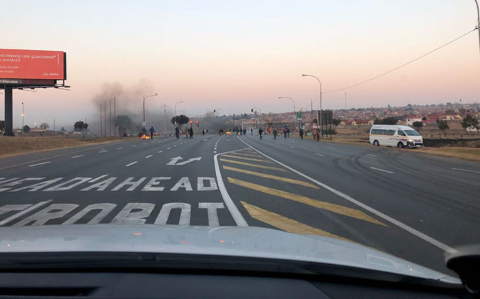 Protest action on Klipspruit Valley Road near Orlando Stadium in Soweto on 27 June 2018. Picture: @EWNTraffic/Twitter