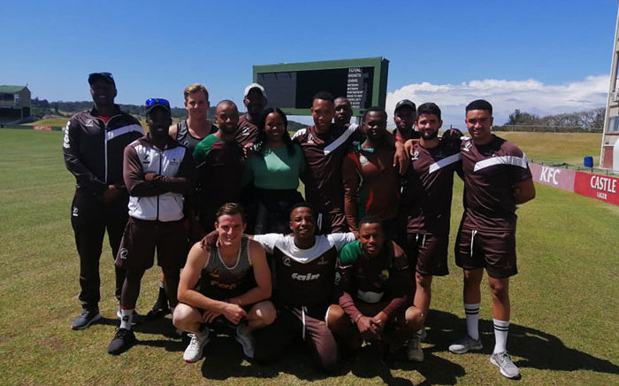 Sanelisiwe Mzimela Kuzwayo (in green) is surrounded by Border cricketers. Picture: Border Cricket Facebook page