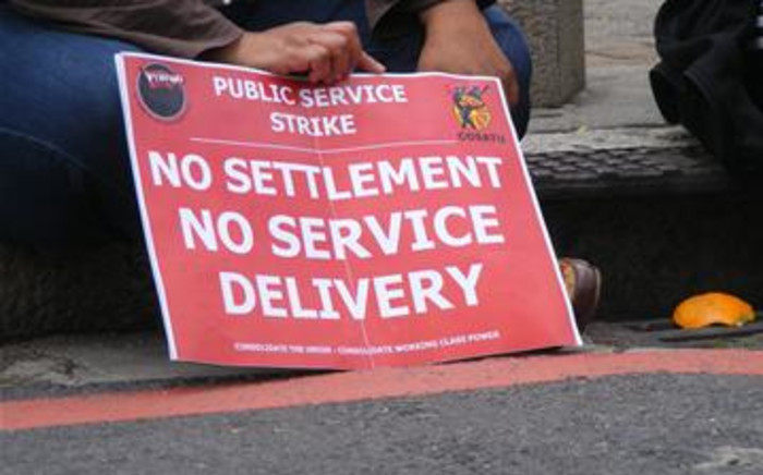 FILE: Public servants marched through Cape Town on 26 August 2010 to increase pressure on government to up its wage offer. Picture: Janine Willemans/Eyewitness News.