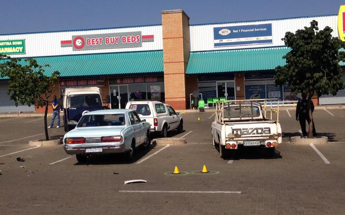 Police are investigating a cash heist at a pension point in Soshanguve Mall north of Pretoria. Picture: Vumani Mkhize/EWN.