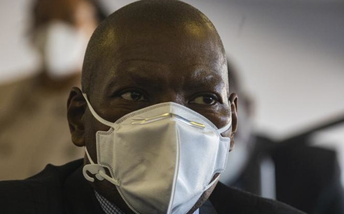 Health Minister Dr Zweli Mkhize during an inspection visit at a COVID-19 quarantine site. Picture: Kayleen Morgan/EWN